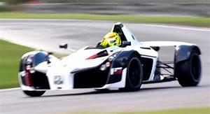 Bac Mono Prix : watch the bac mono set a new lap record on a damp track ~ Maxctalentgroup.com Avis de Voitures