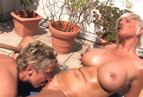hausfrauen auf der terrasse teil 2 tubedupe