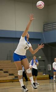 Women's volleyball displays killer instinct to close out ...