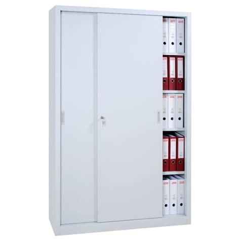 armoire bureau metallique armoire métallique à portes coulissantes armoires de