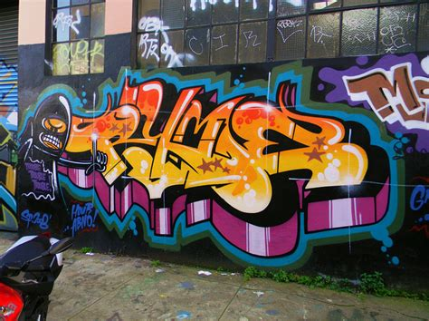 a brief introduction into graffiti typography