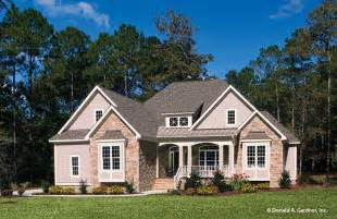 house plan of the week ranch house plans plan of the week houseplansblog