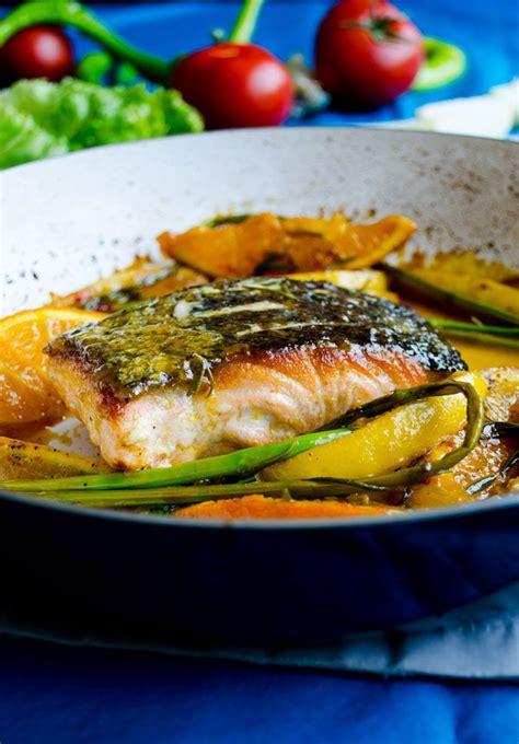 Salmon with Oranges Recipe