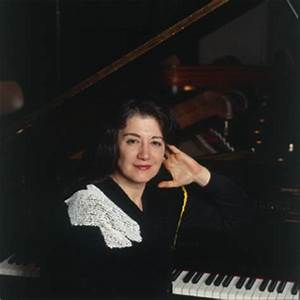 Martha Argerich (Piano) - Short Biography [More Photos]