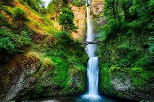 20 Of The Most Beautiful Waterfalls Across The World ...