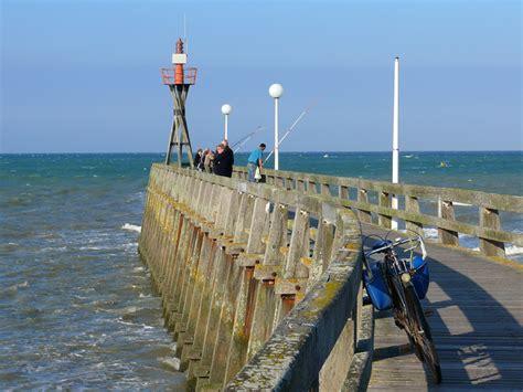 aquarium de courseulles sur mer location velo et rosalie 224 courseulles sur mer en normandie tourisme calvados
