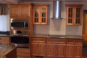Kitchen cabinets wholesale kitchen cabinet value for Discounted kitchen cabinets