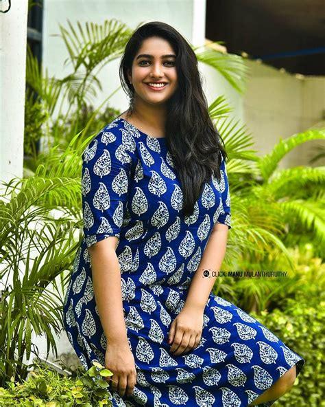actress karthika muralidharan facebook mollyactress karthika muralidharan facebook