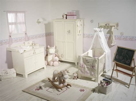 chambre bébé lola noukies peluche g 233 ante vache lola doudouplanet