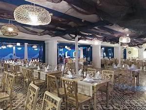 Wo Ist Das Nächste Restaurant : 5 sterne hotel paloma pasha resort in ozdere izmir t rkei ~ Orissabook.com Haus und Dekorationen
