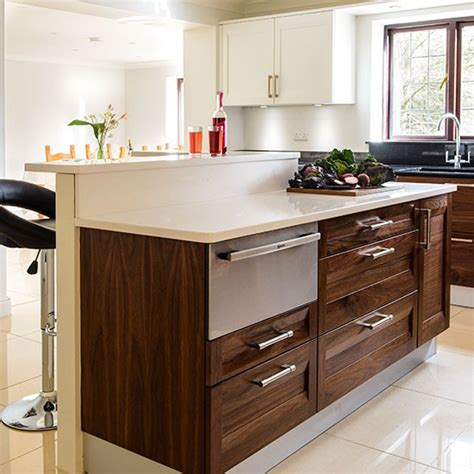 Walnut Island Kitchen  Kitchen Decorating  Housetohomecouk