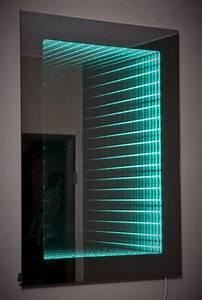 Spiegel 50 X 70 : infinity mirror unendlichkeitesspiegel badezimmer ~ Bigdaddyawards.com Haus und Dekorationen