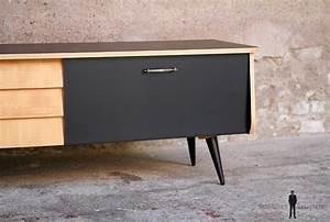 Meuble Bois Et Noir : meuble bas tv vintage noir et bois clair gentlemen designers ~ Melissatoandfro.com Idées de Décoration
