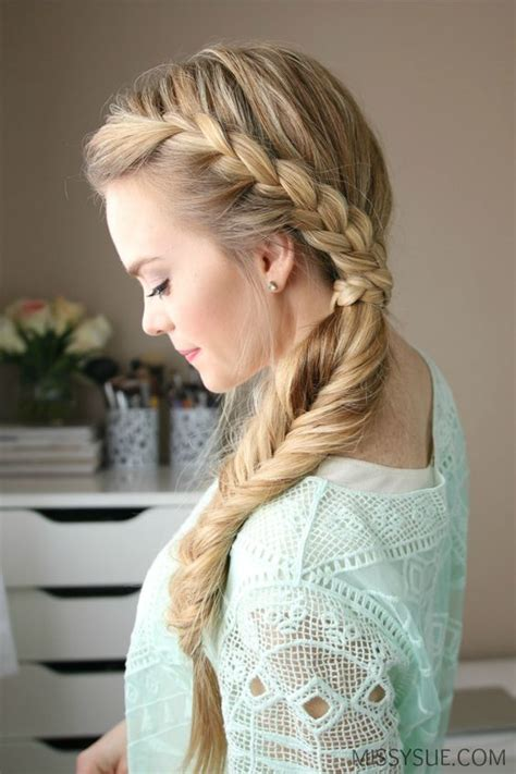 peinados de lado semirecogidos  ondas bucles