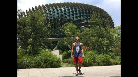 Ar ko mūs pārsteidza Singapūra? |Singapore Part 2 - YouTube
