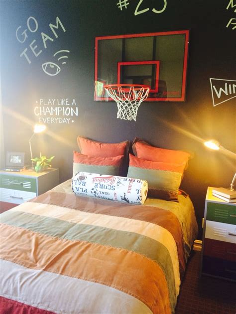 Basketball Bedroom Decor by Best 25 Boys Basketball Room Ideas On