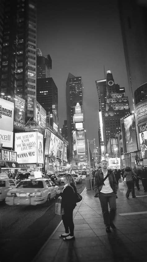 york street night city find  travelicious