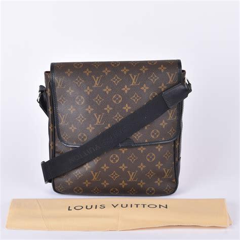 buy pre owned louis vuitton monogram canvas macassar messenger bag affordable luxury