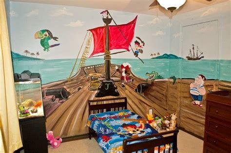 deco chambre pirate déco chambre enfant 50 idées cool pour enjoliver les murs