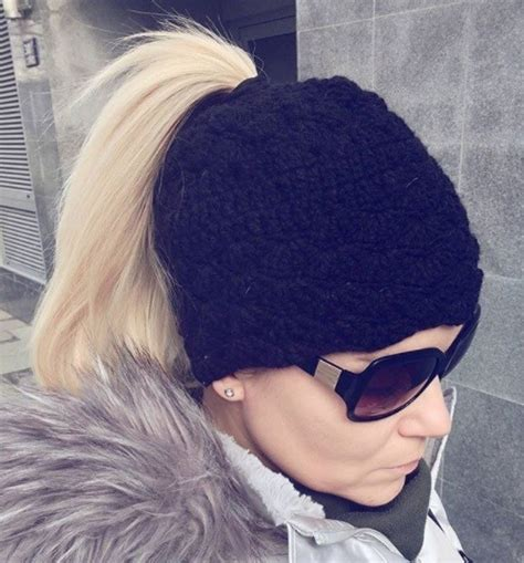 7 winter hairstyles that'll look super cute under a bobble hat