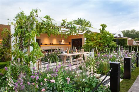 Lg Smart Garden Rhs Chelsea Flower Show 2016 Interiors Inside Ideas Interiors design about Everything [magnanprojects.com]