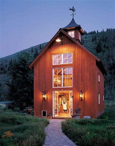 Barns Homes by 20 Cozy Barn Homes You Wish You Could Live In