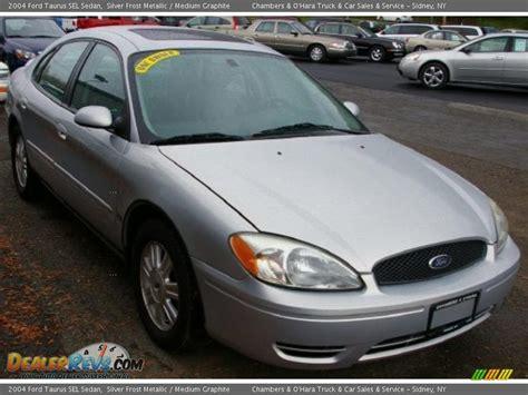 2004 Ford Taurus SEL Sedan Silver Frost Metallic / Medium ...