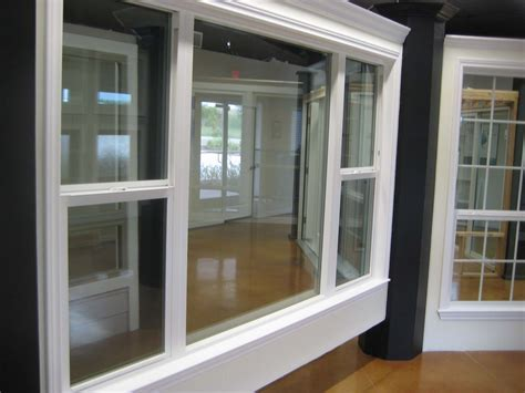 Single Hung Vs Double Hung Windows Features   Custom Home