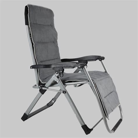 There are options that go well with any living room or family room or the office space that longs for a way to relax and unwind after a busy day. Buy Foldable Zero Gravity Recliner Chair Online At Best ...