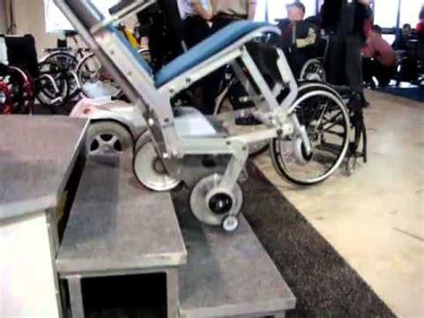 chaise monte escalier scalamobil monte escalier pour fauteuil roulant