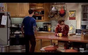 FAMOUS KITCHENS – Get the Look: The Big Bang Theory