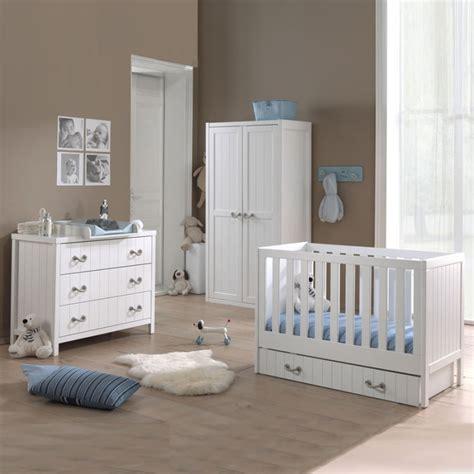 chambre pin chambre bébé en pin design d 39 intérieur et idées de meubles