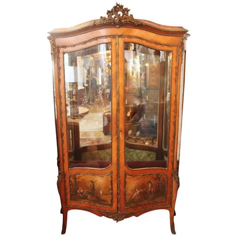 vintage display cabinets 19th century antique two door display cabinet or 3189