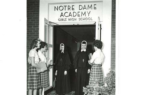 notre dame academy beginnings sisters  notre dame