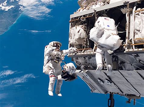 International Space Station Tour Gives You A Look Inside