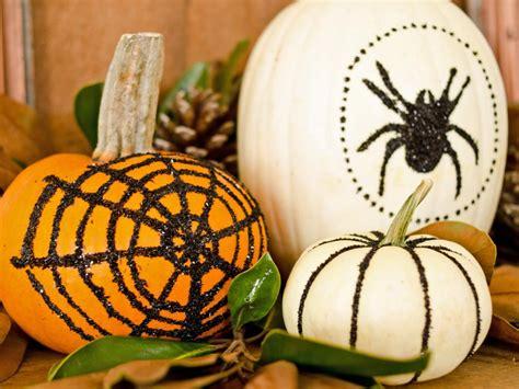 decorating pumpkins 35 halloween pumpkin ideas carved painted designs