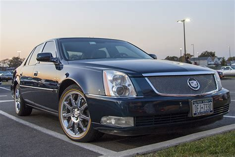 2006 Cadillac Dts Pictures