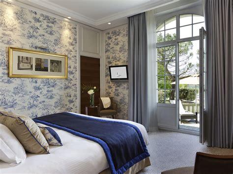 hotel normandie dans la chambre hôtel le normandy 5 étoiles à deauville dans le calvados