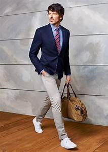 Business Casual Männer : casual dunkelblaues sakko und beigefarbene chinohose mauri pinterest anzug herren herren ~ Udekor.club Haus und Dekorationen