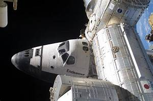 File:Endeavour STS127 ISS.jpg - Wikimedia Commons