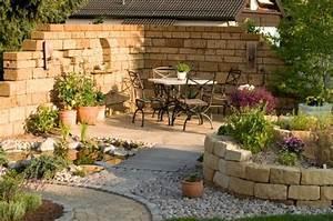 hochbeet anlegen und bepflanzen die besten tipps idee With französischer balkon mit steinmauer deko garten