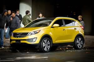 Kia Sportage Yellow