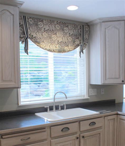 types  valances  kitchen window treatments design ideas