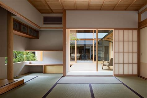 japanese courtyard house makes the for simplicity