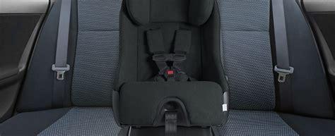 siege auto comment choisir comment choisir un siège d auto canadian tire