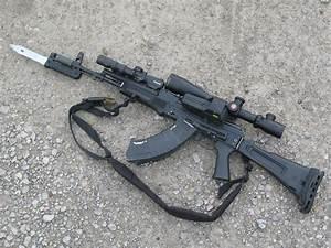 Iran buys Russian AK-103 Kalashnikov assault rifles ...
