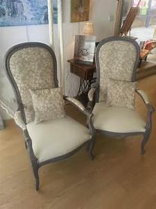 Fauteuil Style Voltaire : paire de fauteuils style voltaire relook s ~ Teatrodelosmanantiales.com Idées de Décoration