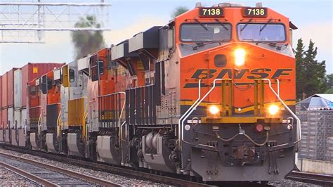 BNSF FREIGHT TRAINS (with 7102 P5 HORN !!!) - YouTube