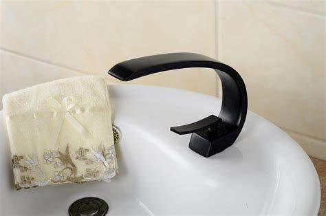 Contemporary Style Oil-rubbed Bronze Single Handle One
