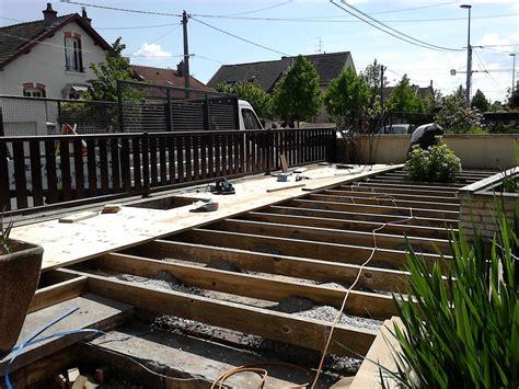 realisation d une terrasse en bois r 233 alisation d une terrasse bois 2